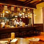 肉うどん天ぷら 香蔵様 店内
